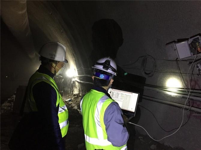 터널 막장 부근에서 장거리 데이터 무선 송수신 테스트 - 한국건설기술연구원 제공